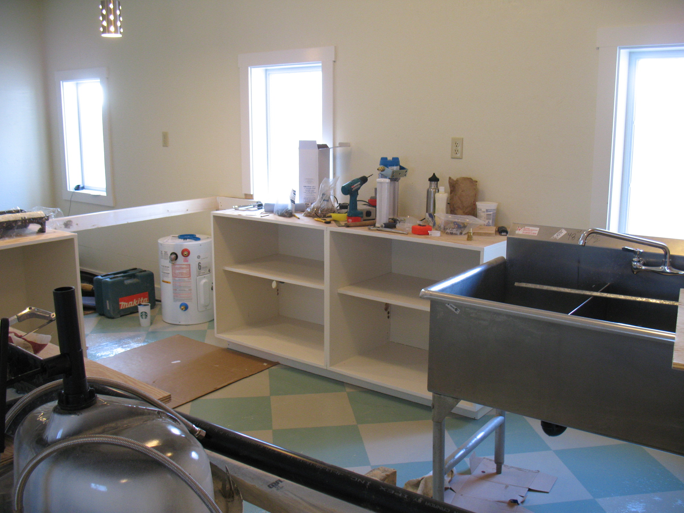 Counters, sinks, plumbing - it's all happening here!