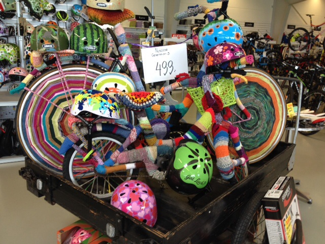 The Danes love bicycles, art, design, AND knitting. Here is the proof!