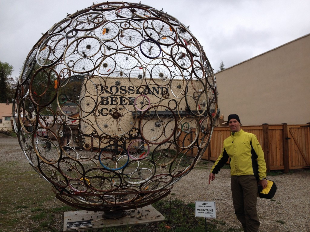Some cool bike art beside the great bike shop in front of the local brewery in downtown Rossland. A very sweet-looking little town that needs an artisan bakery.