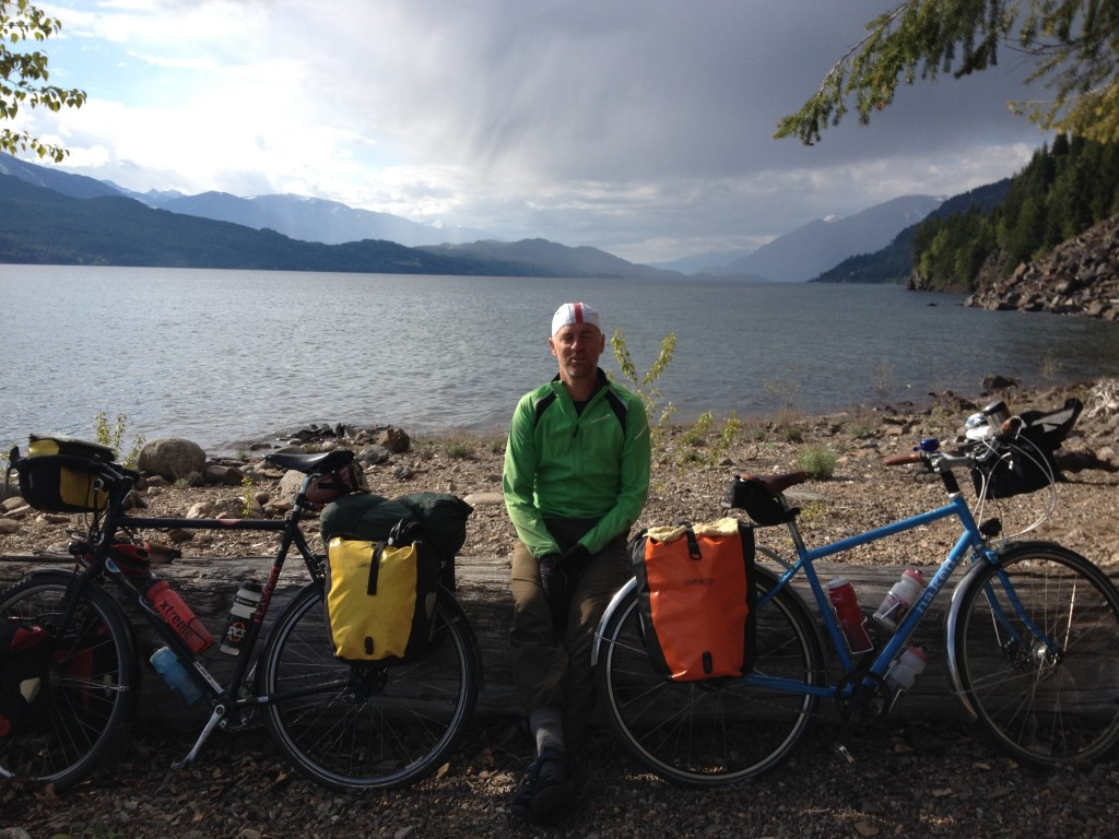 The rain chases us down Kootenay Lake to Kaslo - we escaped unscathed!